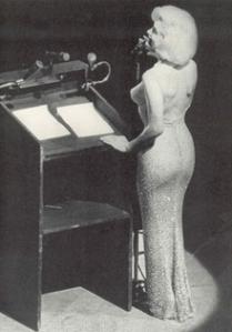 220px-Marilyn1962