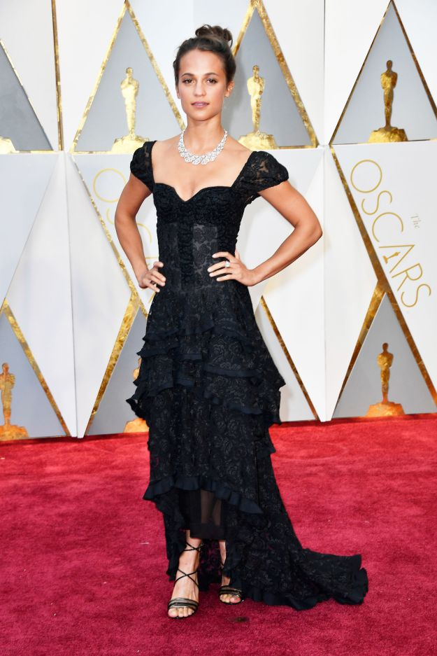 hbz-oscars-alicia-vikander louis vuitton